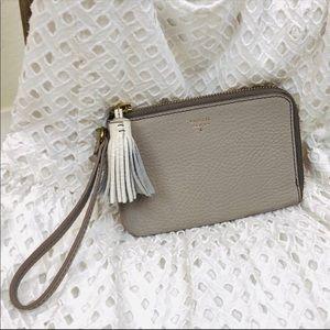➖Fossil➖ Tara tassel leather wristlet